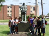Statue of William Ebert Dubois, Alumnus of Fisk University and students